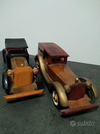 Modellini auto in legno