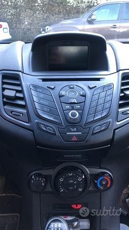 Stereo/Navigatore Satellitare Ford Fiesta