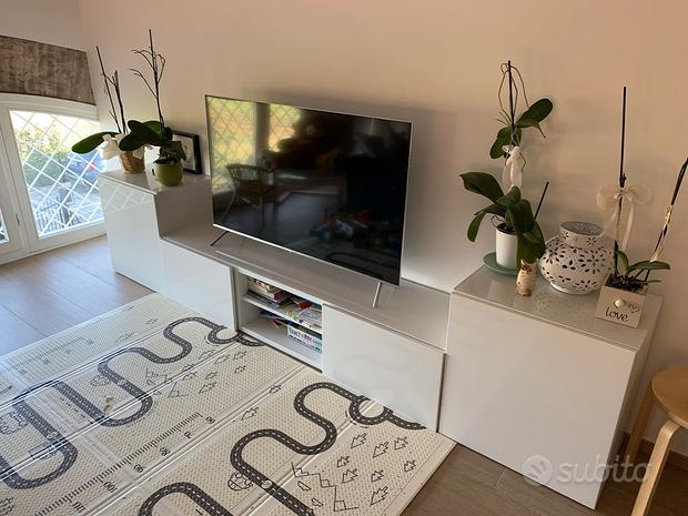 Mobile Tv bianco