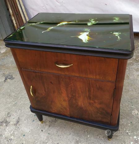 Comodino tavolino legno e ripiano in vetro,vintage