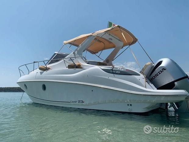 Barca SALPA LAVER 23 X 750 CABIN con HONDA 250