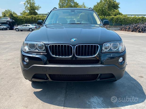 BMW X3 E83 per ricambi usati N47D20A