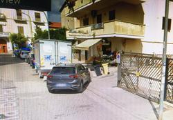 Garage box deposito via acquaviva/via benevento