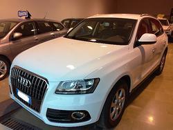 Audi Q5 2.0 TDI 150 CV ULTRA BUSINESSNAVIRETRO