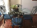 Tavolo vetro/marmo con sedie ferro battuto