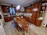 Cucina ad angolo in legno noce