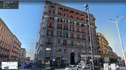 Stanza e/o stanze per Ufficio Professionale Napoli
