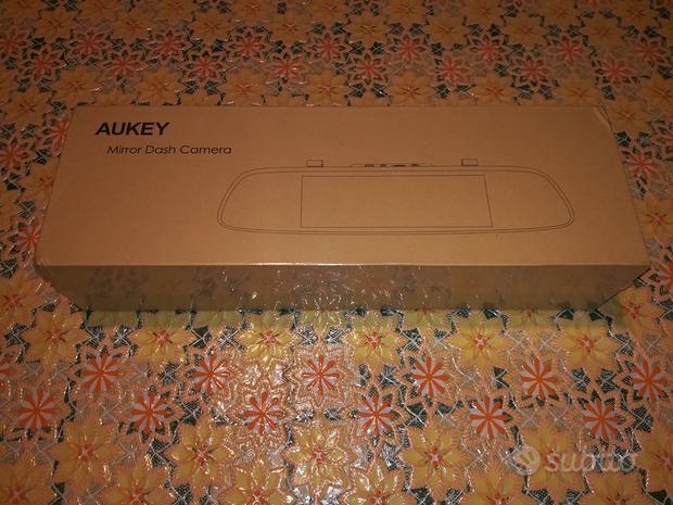 AUKEY Dash Cam a Specchietto Touchscreen LCD 6.8 P