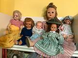 Lotto bambole antiche e vestiti
