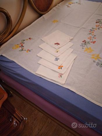 Tovaglia con tovaglioli da 12 di lino