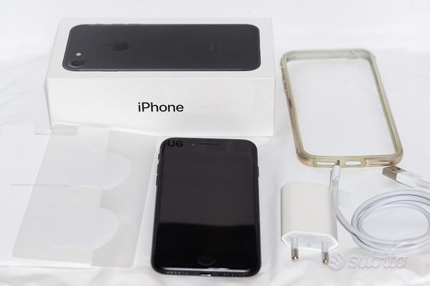 Iphone 7 Black 32GB PER FETTO + cover