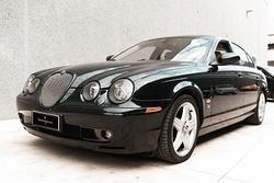 Jaguar s-type r 4.2 v8 - 2002