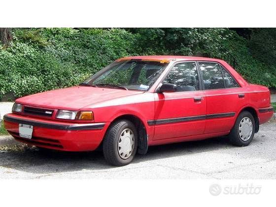 Parabrezza Mazda 323 (89-94)