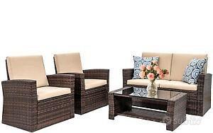 Set divanetto poltroncine tavolino pergola esterno
