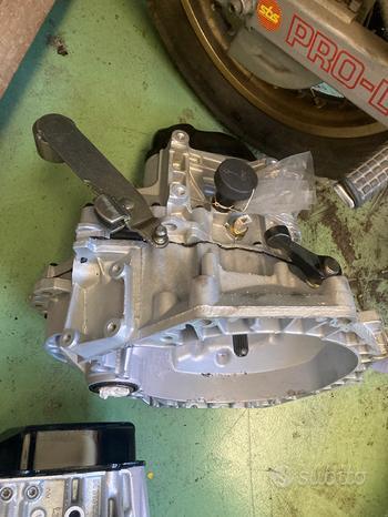 Cambio rigenerato mini Cooper 1.6 benzina