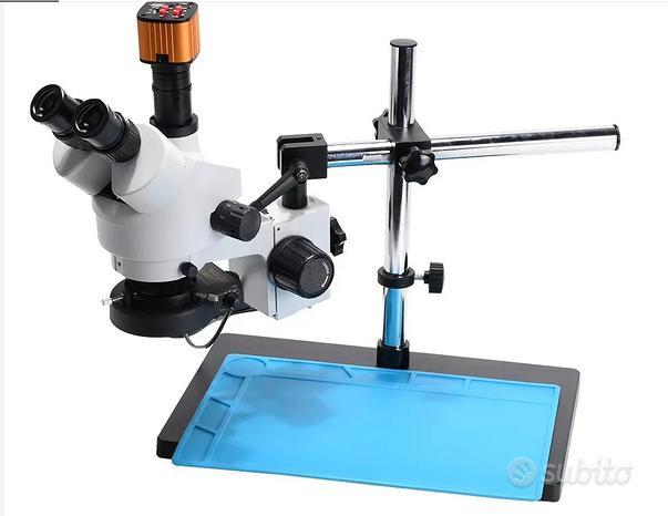 Microscopio trinocompleto braccio e pad
