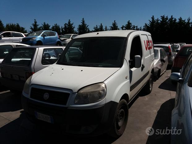 Accessori/ricambi auto FIAT DOBLO 2005