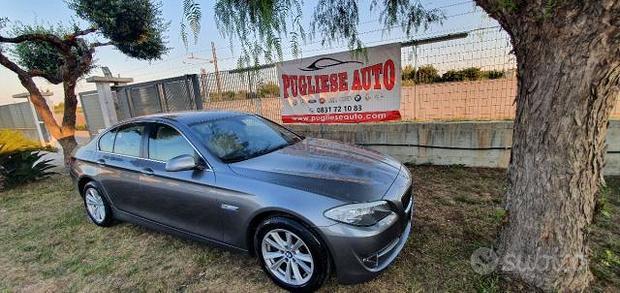 BMW - Serie 5 - 520d Futura