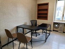 P.le Loreto stanza in ufficio condiviso