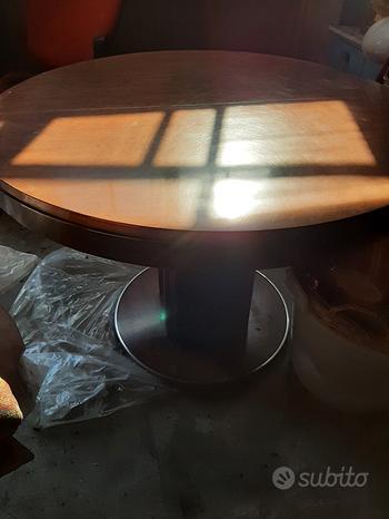Tavolo rotondo e rettangolare