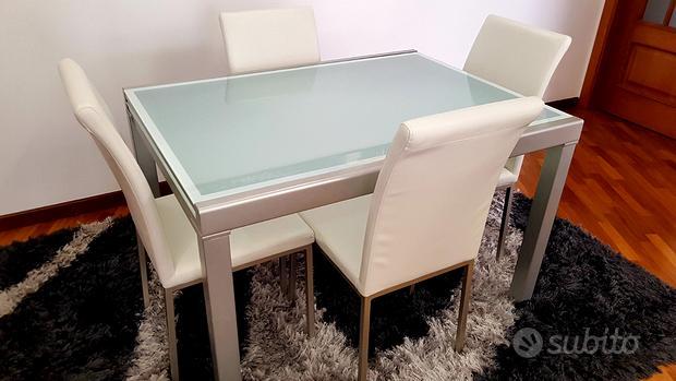 Tavolo moderno con 4 sedie TARGET VEGA