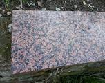 2 lastre granito rosso e e granito bianco nero